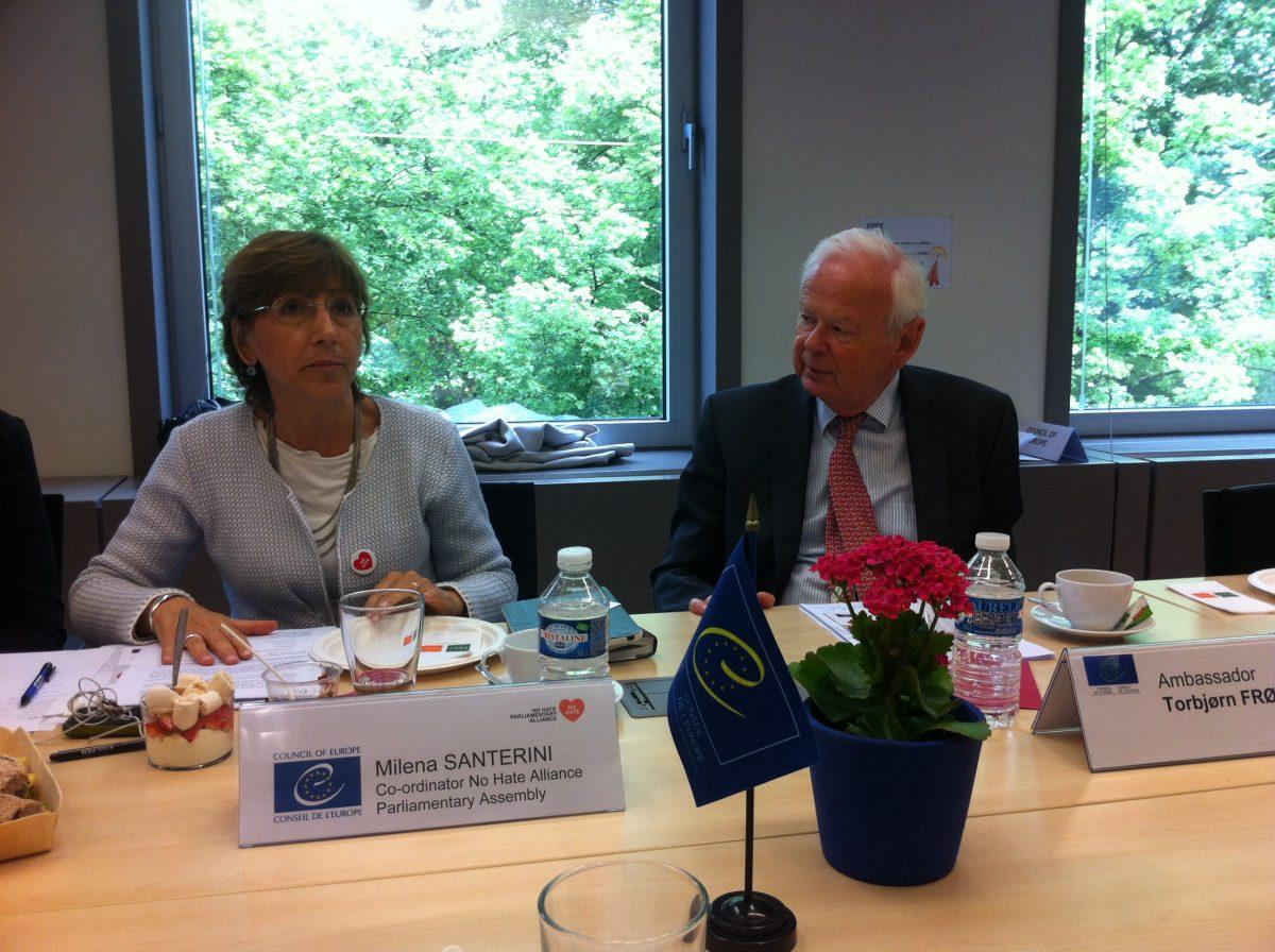 Milena Santerini presents the Alliance in Brussels, hosted by Torbjørn Frøysnes
